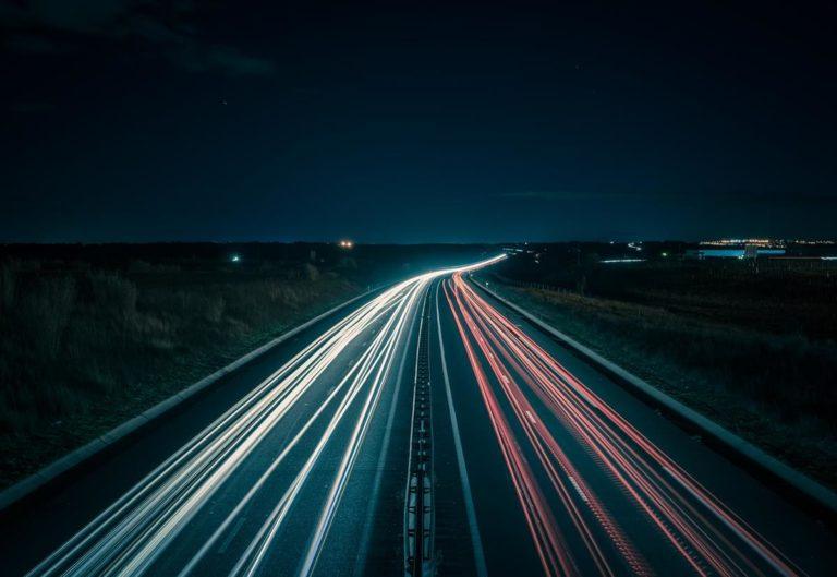 Jaki zakres usług oferuje pomoc drogowa?